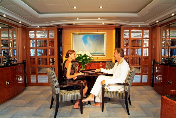 59.4 metre luxury charter yacht Oasis - The Main Salon