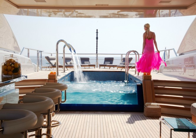 70m luxury superyacht Numptia - Outdoor relaxation