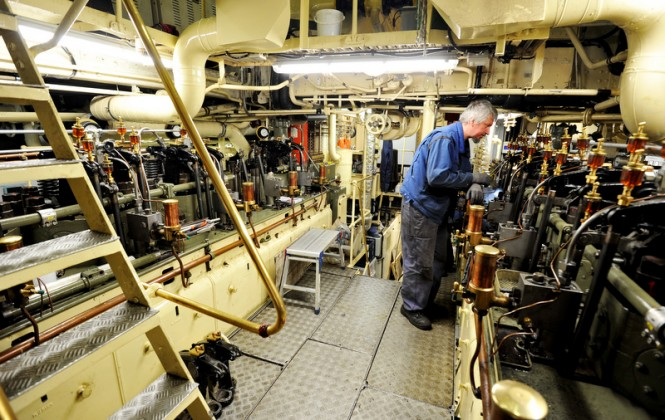 Dona Amelia Superyacht´s Engine room