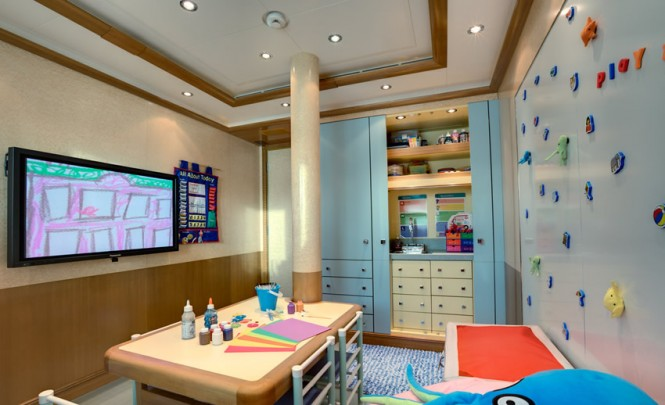Luxury Mega Yacht Pegasus V - Children's entertainment room