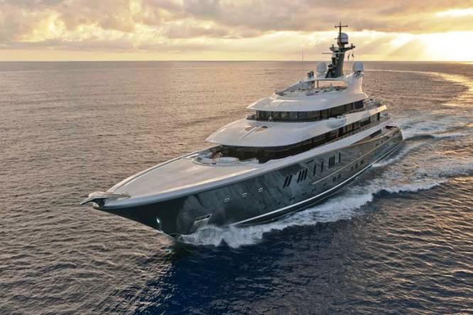 Motor yacht PHOENIX 2 -  Cruising