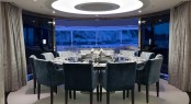 Sumptuous dining table for 12 guests - Superyacht Quinta Essentia