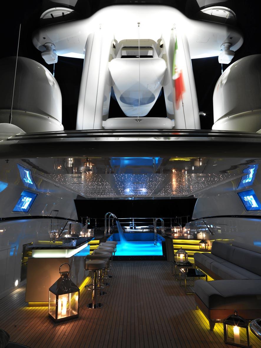 Luxury Yacht Engine Room: 70m Rossinavi Yacht NUMPTIA Designed By Tommaso Spadolini