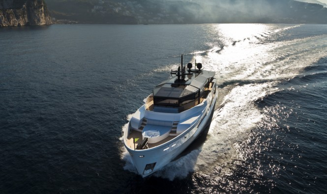 The tri-deck luxury yacht M´Ocean offers 5 comfortable cabins to 10 guests, ...