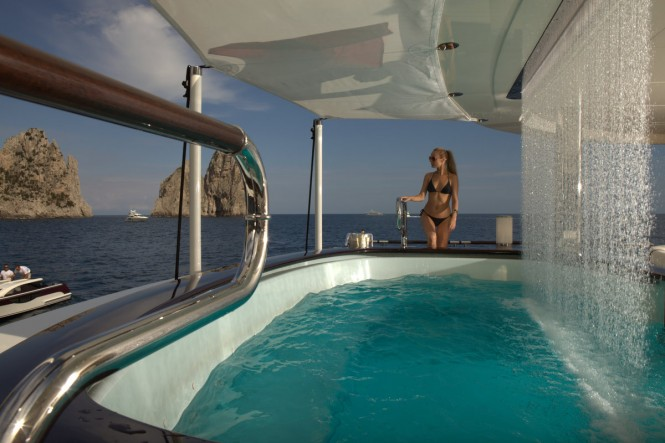 The impressive Spa Pool aboard luxury superyacht Quinta Essentia