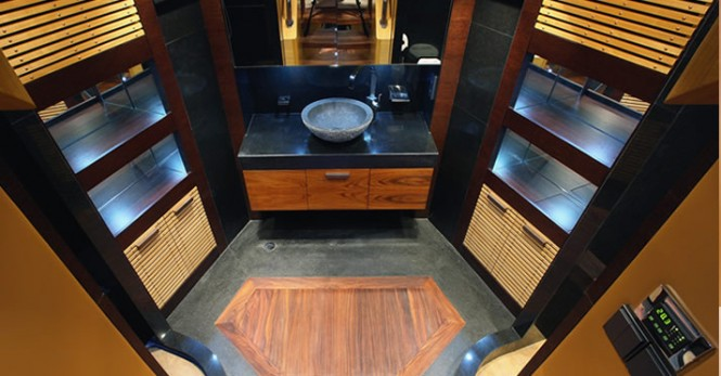 The luxury motor yacht Majesty 121 Bathroom