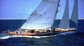 130&Acirc;&acute; charter yacht Endeavour