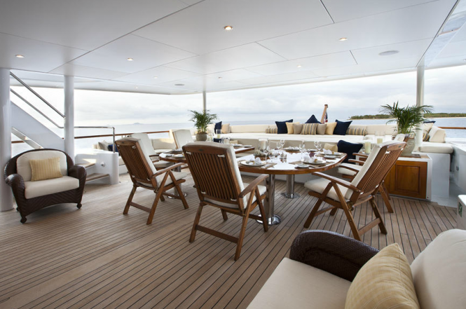 Bridge Deck Aft - Luxury charter yacht Noble House - Photo by Ming Nomchong and Luke Henkel