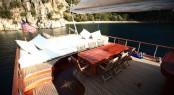 DEA DELMARE (ex Dragonfly) charter gulet - Aft Deck