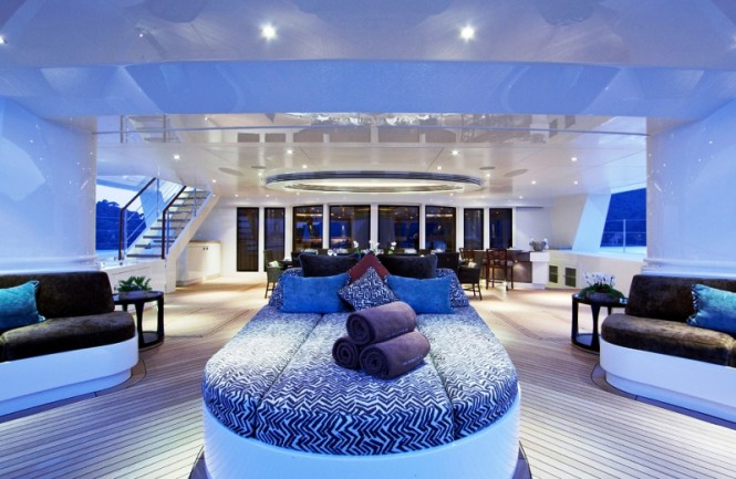 HEMISPHERE Superyacht - Sundeck