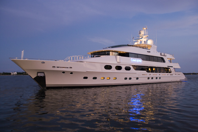 Luxury charter yacht Casino Royale