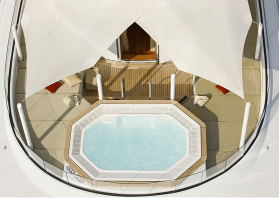 Motor Yacht Arkley Spa Pool