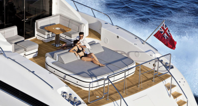 Overmarine Mangusta 92 Yacht
