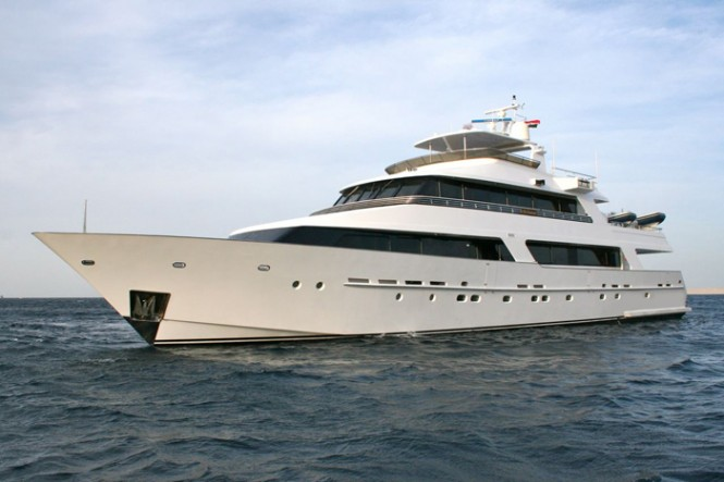38m Heesen superyacht No Comment (ex Tropic C)