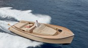 Alen yacht tender offered to superyacht owners as part of the VIP Tender Service Photo N. Claris
