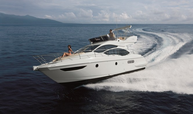 Azimut 40 yacht