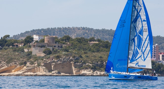 Light winds of 6 to 8 knots provided testing conditions for the Gazprom sponsored team on the final day of racing  MartinezStudio es