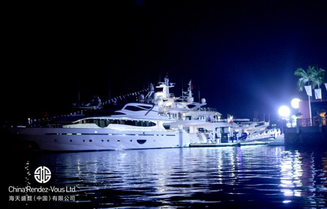 Luxurious superyachts by night at Hainan Rendez-Vous 2012