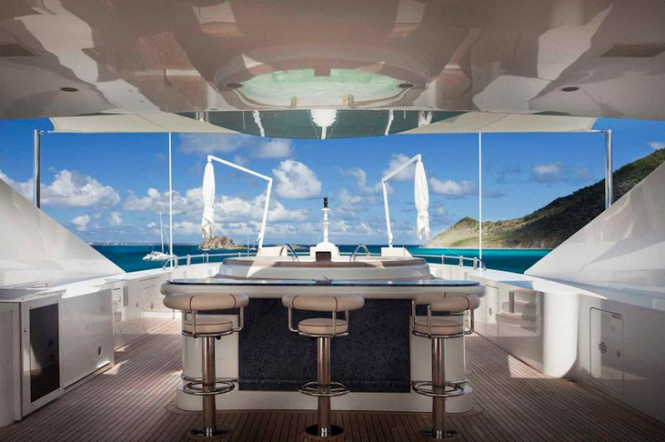 Luxury superyacht FOUR ACES