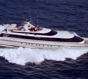 Joachim Kinder designed refits for motor yacht SEARAZ (ex Alcor, Jimora)