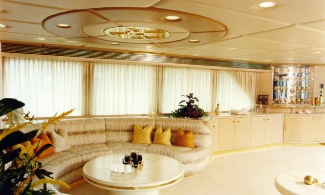 Motor Yacht Alcor - Saloon