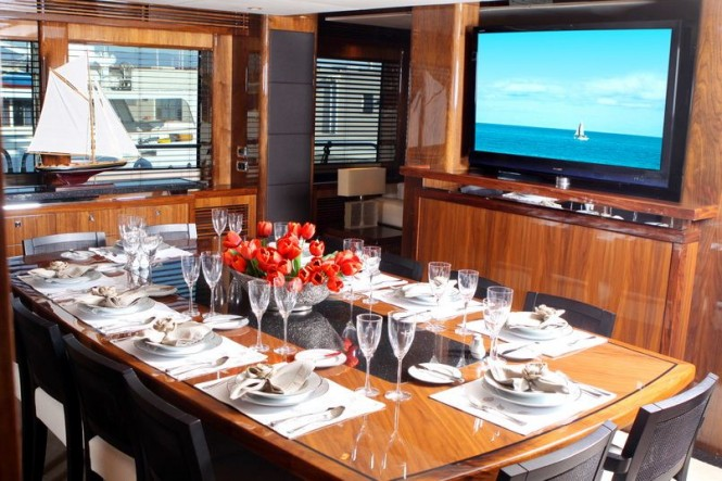 Motor yacht BARRACUDA RED SEA -  Formal Dining