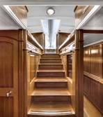 130ft sailing yacht Endeavour - Hallway