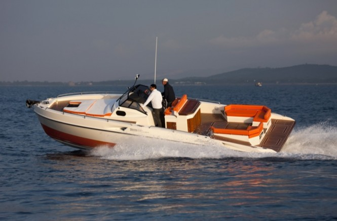 33 Sea Walker yacht tender by Fiart Mare