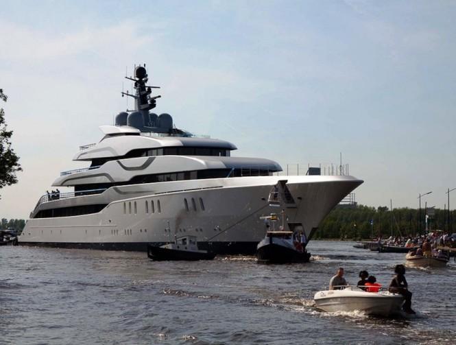 77.7m Feadship luxury motor yacht Tango