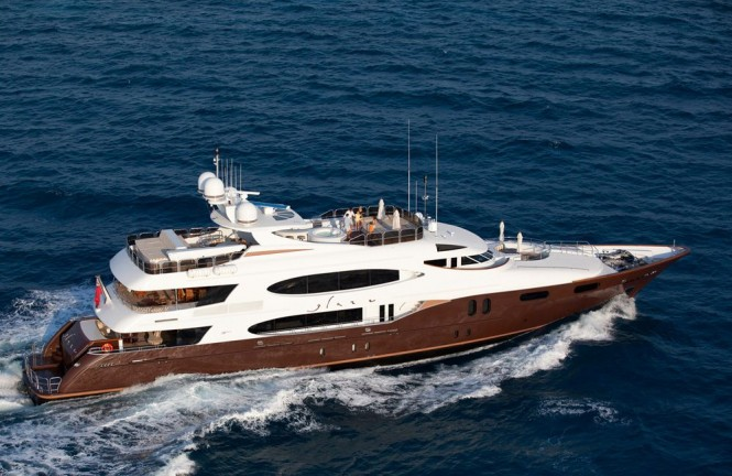 Charter yacht Glaze - available in the Mediterranean