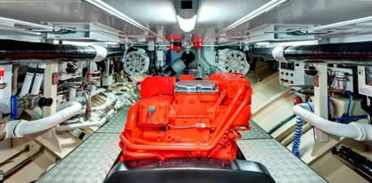 Endeavour superyacht - Engine Room