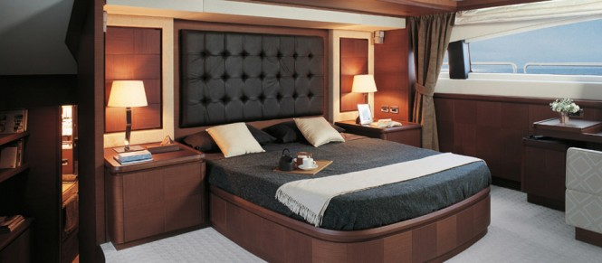 Luxurious cabins aboard the 31m motor yacht Azimut Grande 105