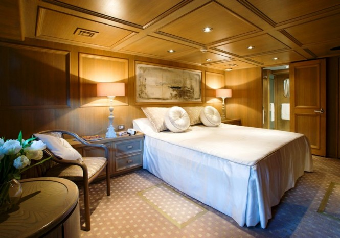 Luxury charter yacht Daniella -  VIP