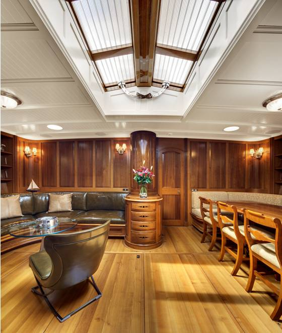 Luxury sailing yacht Endeavour - Saloon