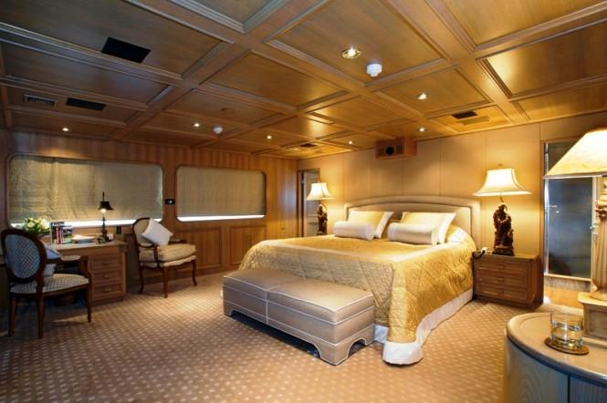 Luxury yacht Daniella -  Master Cabin