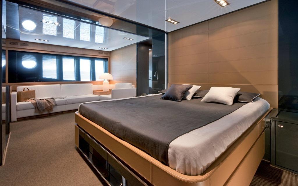 Motor yacht rhino master cabin exceptional riva 86 domino motor