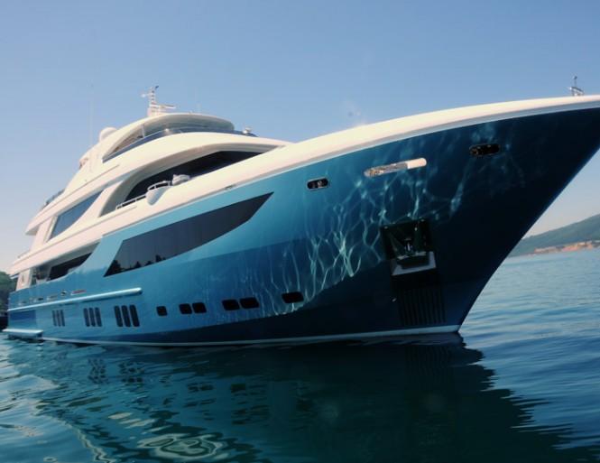 41m motor yacht Azra by Mengi-Yay