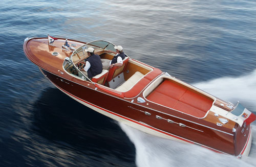 Aquarama yacht tender by Riva