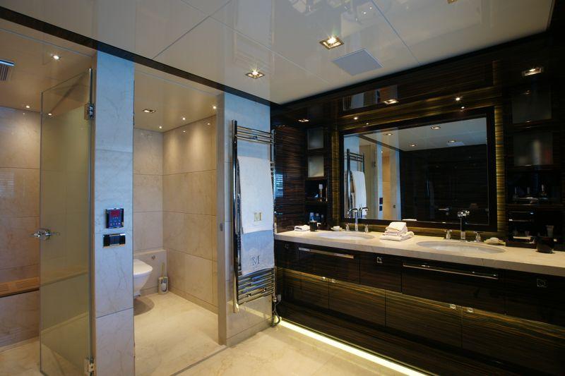 Bilgin 132 superyacht m main deck master bathroom yacht for Main bathroom designs
