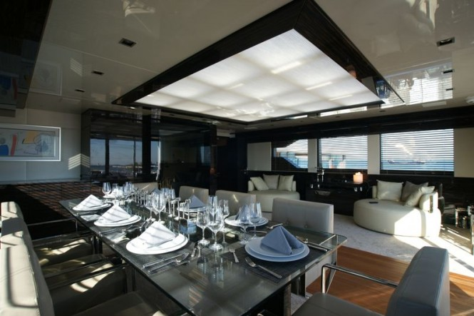 Bilgin 132 superyacht M upper deck dining