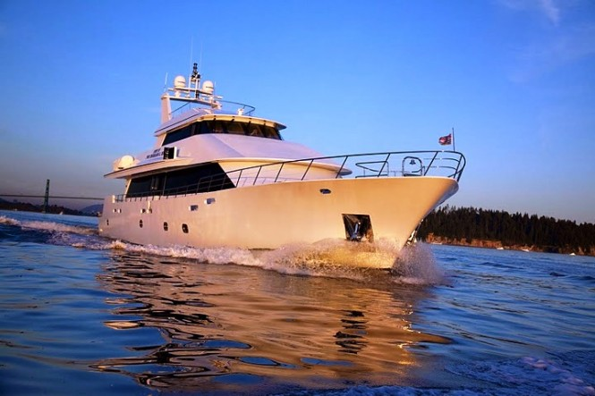Charter Yacht Spirit of Two Thousand and Ten  -  Cruising