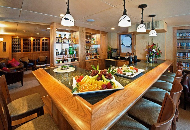 Charter expedition yacht Safari Explorer - The Bar