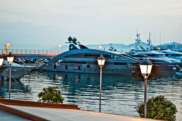 Flisvos Marina - a megayacht destination in Greece
