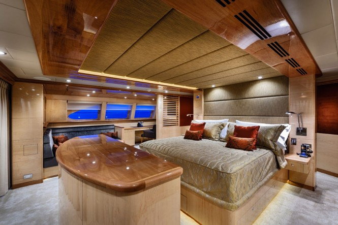 Luxurious cabins aboard 40m catamaran yacht Zenith (IC0832)