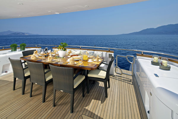Luxury motor yacht Marnaya