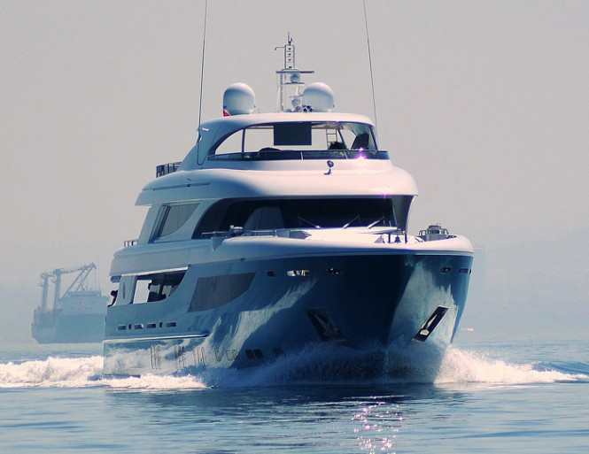 Luxury yacht Azra- front view