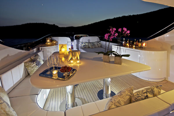 Marnaya yacht - Al fresco dining