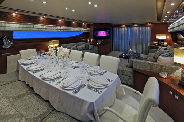 Marnaya yacht - Dining and Saloon