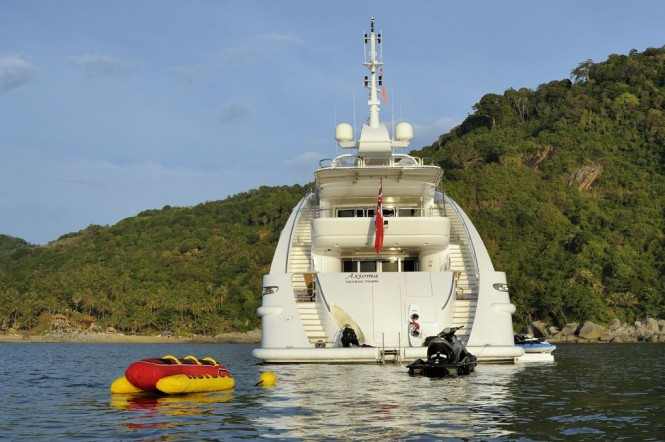 Motor Yacht Axioma - Water Toys