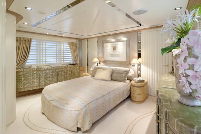 Motor Yacht LA MASCARADE -  Master Cabin